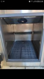 Balcão  refrigerado 1 porta com pista fria