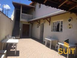 Linda casa de vila independente com 5 cômodos em Jandira