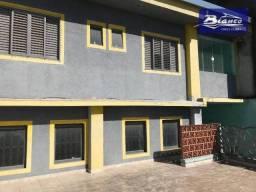 Sobrado com 4 dormitórios para alugar, 155 m² por R$ 2.500,00/mês - Jardim Adriana - Guaru