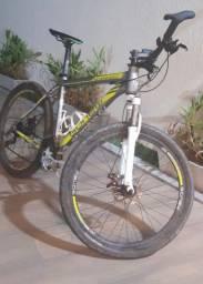 Vendo bicicleta novinha