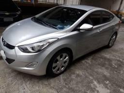 Hyundai Elantra GLS 1.8 Gasolina Automático