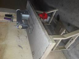 Maquina de costura reta Yamata