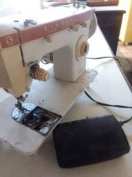Máquina de costura antiga Singer Zig zag