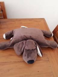 Naninha cachorro que vira travesseiro