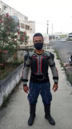 Jaqueta de moto armadura. 2 Joelheiras. Calça. 2 luvas de brinde