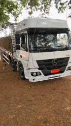 Caminhão Mercedes atego 2430