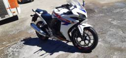 Moto CBR 500 2014