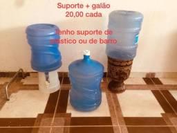 Suporte de água + galão - 20,00
