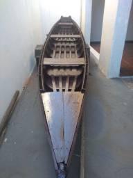 Canoa modelo piracicabana de 6 metros