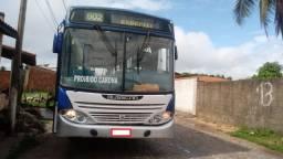 Ônibus Mercedes Bens OF1721 Busscar