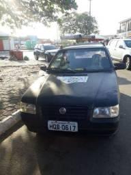 Fiat uno mile 2006 valor 8000