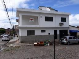 Casa tipo sobrado na Pitanguinha