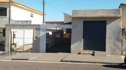 Jd. América 2 casas + salão comercial, Ourinhos - SP