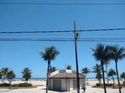 Kitnet PRÉDIO frente à Praia