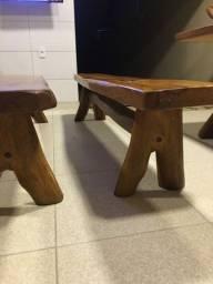 2 bancos de madeira