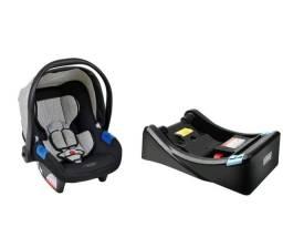 Bebê Conforto com base para automóvel