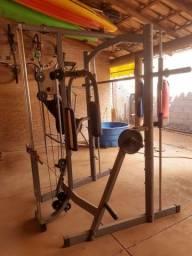 Estação de musculação academia completa