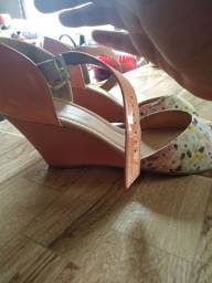 Sandália semi novo