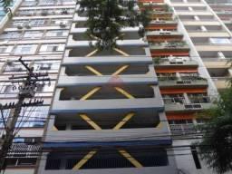Vaga de garagem na Rua Alvares de Azevedo aluga.