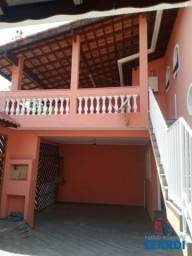 Casa à venda com 3 dormitórios em Utinga, Santo andré cod:632837