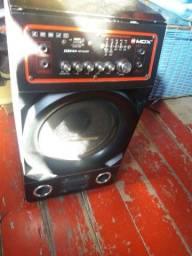 300 Vendo caixa de som ou troco num celular