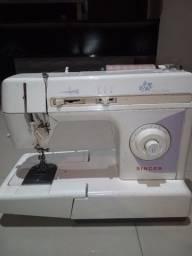 Máquina d costura zigue zague