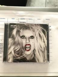 Lady Gaga - Born This Way (Deluxe Edition)