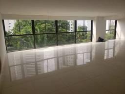 Título do anúncio: Apartamento para venda possui 312 m² com 5 quartos em Jaqueira - Recife - PE