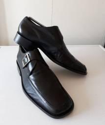 Sapato social clássico. Sapataria Cometa
