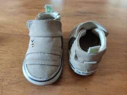 Sapatinho bebê tip toey joey T.19