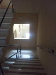 Apartamento com 2 quartos - Lazer com piscina, academia e quadra