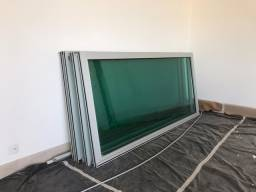 4 Portas de alumínio anodizado e vidro 320 altura