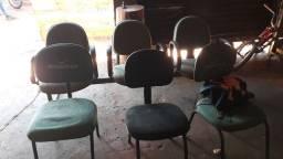 Cadeiras escritorio.
