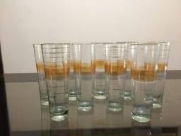 Conjunto de copo de cristal