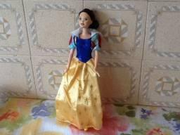 Boneca Barbie Branca de Neve