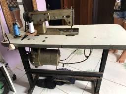 Máquina de costura  (Reta)