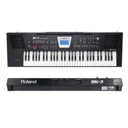 Teclado e sintetizador Bk3 ROLLAND