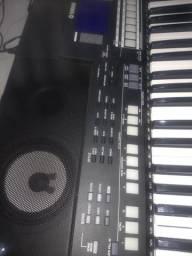 Teclado Profissional Yamaha psr-s550-B