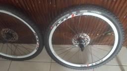 Rodas Shimano MT 15