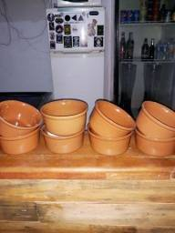 Cobertura de policarbonato e 8 prateleiras de vidr