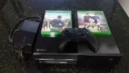 Xbox One 500gb+ 2 jogos e 1 Controle!
