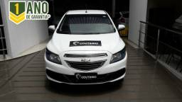 Onix LT 1.4 2015 Completo + Mylink, oportunidade! - 2015