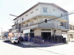 Prédio comercial, 600 M² , com lojas, aptos e terraço. Ótima localização na Serra - ES