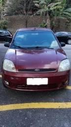 Fiesta Hatch 1.0 - Completo - 2004
