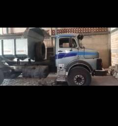 Caçamba Mercedes 1518