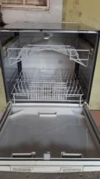 Lavadora de louças 400$