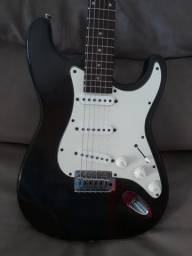Guitarra gianinni super sonic 360,00