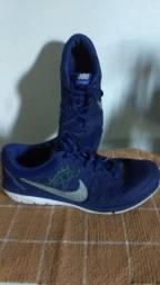 Tênis Nike número 40