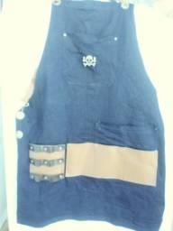 Avental para barbeiro(a) em elastano com couro ecológico