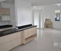 Natasha- Casa com 3 Quartos e 2 banheiros à Venda, 122 m²
